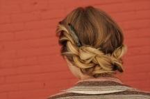 Twisted hairdo tutorial